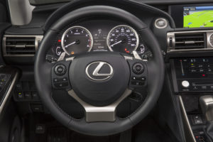 2014_Lexus_IS_350_005